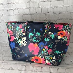 Floral pattern tote bag- Carried Once!